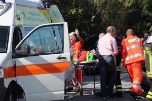 Napoli, incidente sulla tangenziale: morta una donna