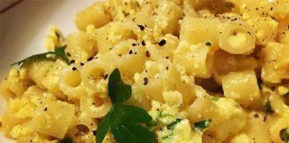 """Ricetta pasta cacio e uova napoletana: meglio nota come """"cas' e ova"""""""
