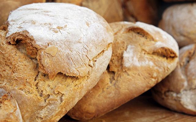 Come fare il pane in casa: bianco e con diversi metodi
