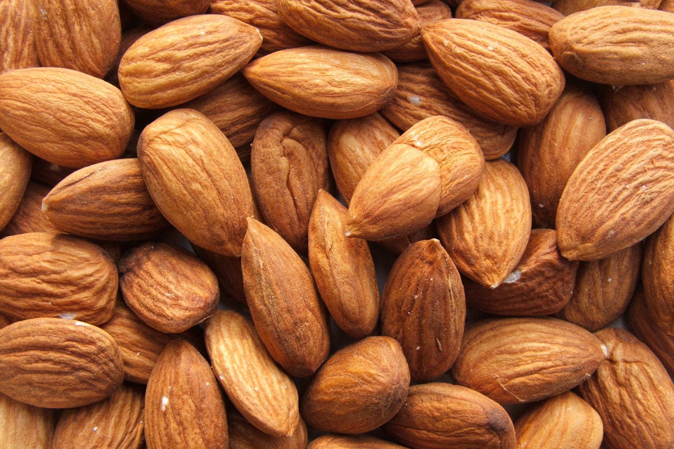 Proprietà delle mandorle: benefici e valori nutrizionali