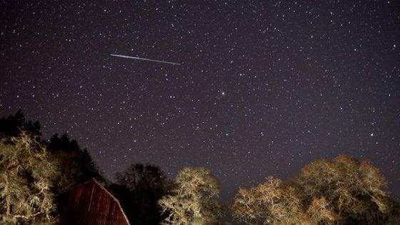 Naso all'insù per le Liridi: in cielo le stelle cadenti più antiche del mondo
