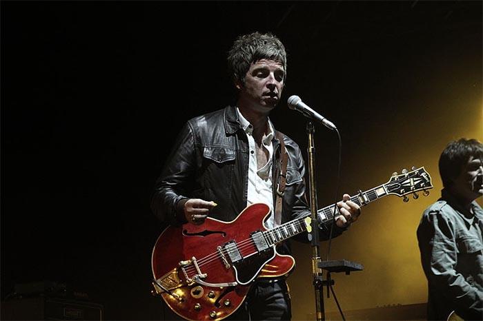 Noel Gallagher, un mito in concerto all'Arena Flegrea