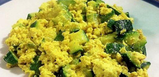 Ricetta della minestra di zucchine cacio e uova o cocozzieli cas' 'e ova