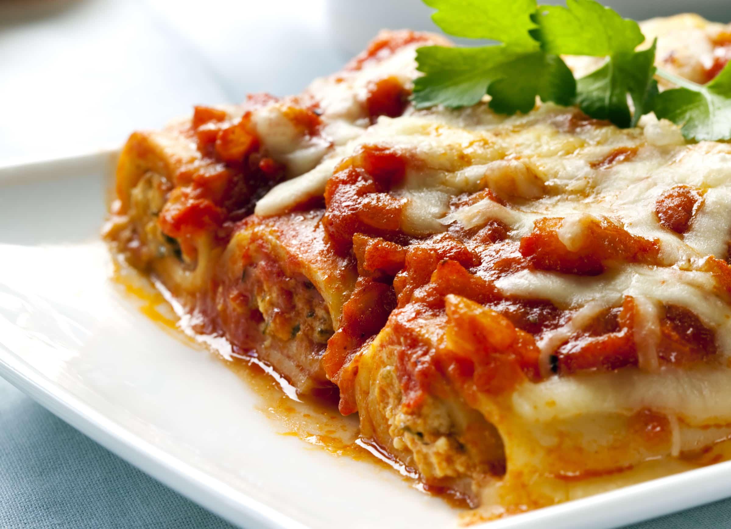 cannelloni ripieni alla bolognese