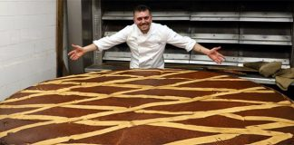 Gran Caffè Gambrinus presenta la pastiera più grande del mondo