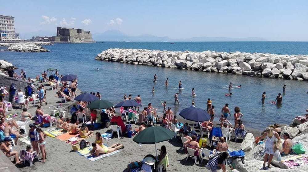 Meteo Napoli, ritorna il caldo torrido con 10°C in più