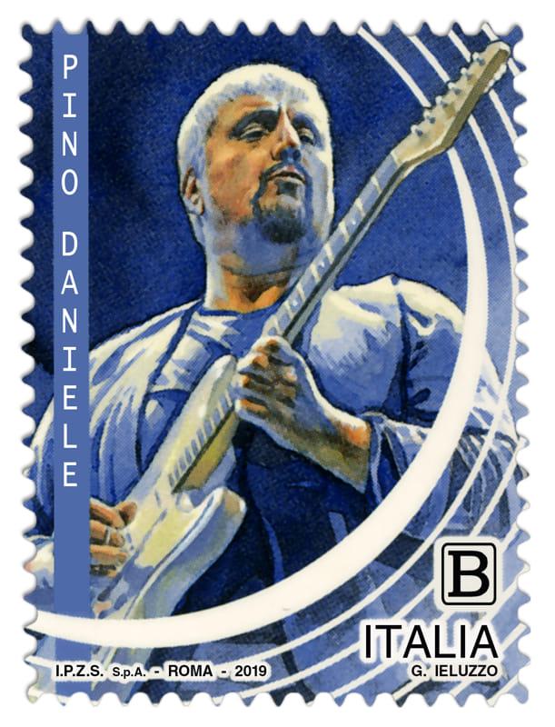 Napoli, emesso un francobollo dedicato a Pino Daniele