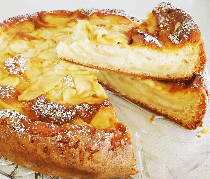 Ricetta torta di mele cremosa: delicata e profumata