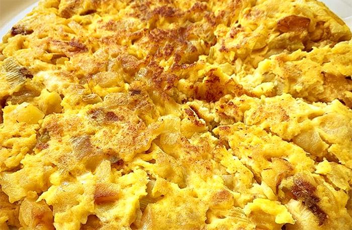 Frittata di patate napoletana: ricetta popolana e raffinata