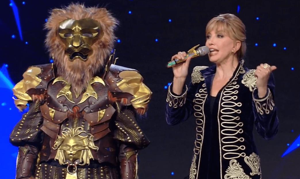 Ascolti tv 10 gennaio 2020: Il Cantate Mascherato, bene ma non benissimo