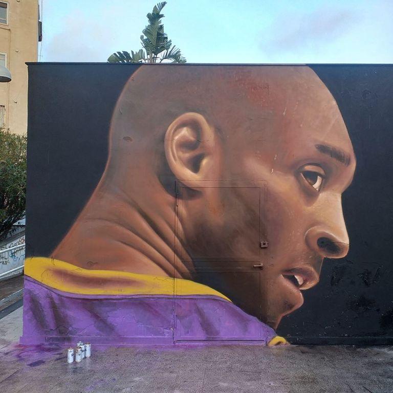Kobe Bryant, Napoli: gli street artist gli dedicano due murales