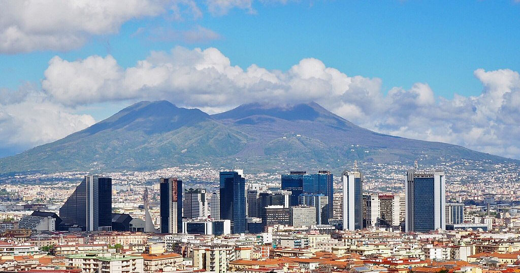 "Meteo Napoli: ribaltone termico dal ""caldo"" al freddo"