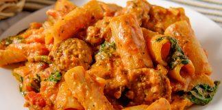Ricetta pasta alla zozzona: romana e goduriosa