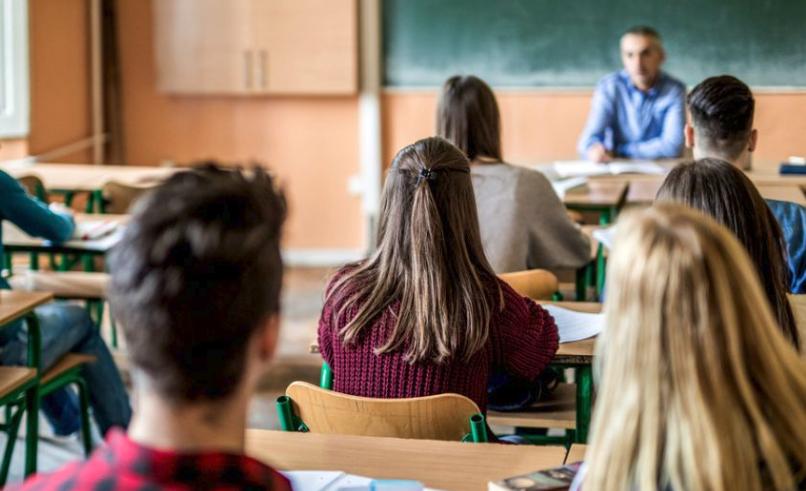Scuola, il Governo propone scuola dell'obbligo fino a 18 anni
