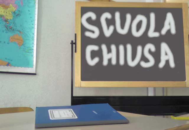 Napoli, scuole chiuse fino a Sabato per igienizzazione Coronavirus