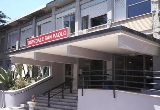 Coronavirus, tamponi all'ospedale San Paolo in soccorso al Cotugno
