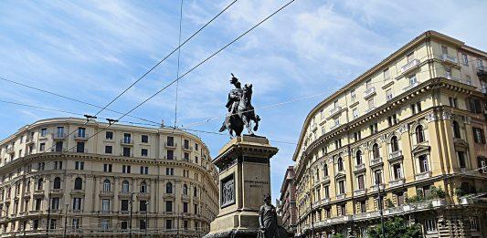 I fantasmi di piazza Borsa: la damina e Colpaesce