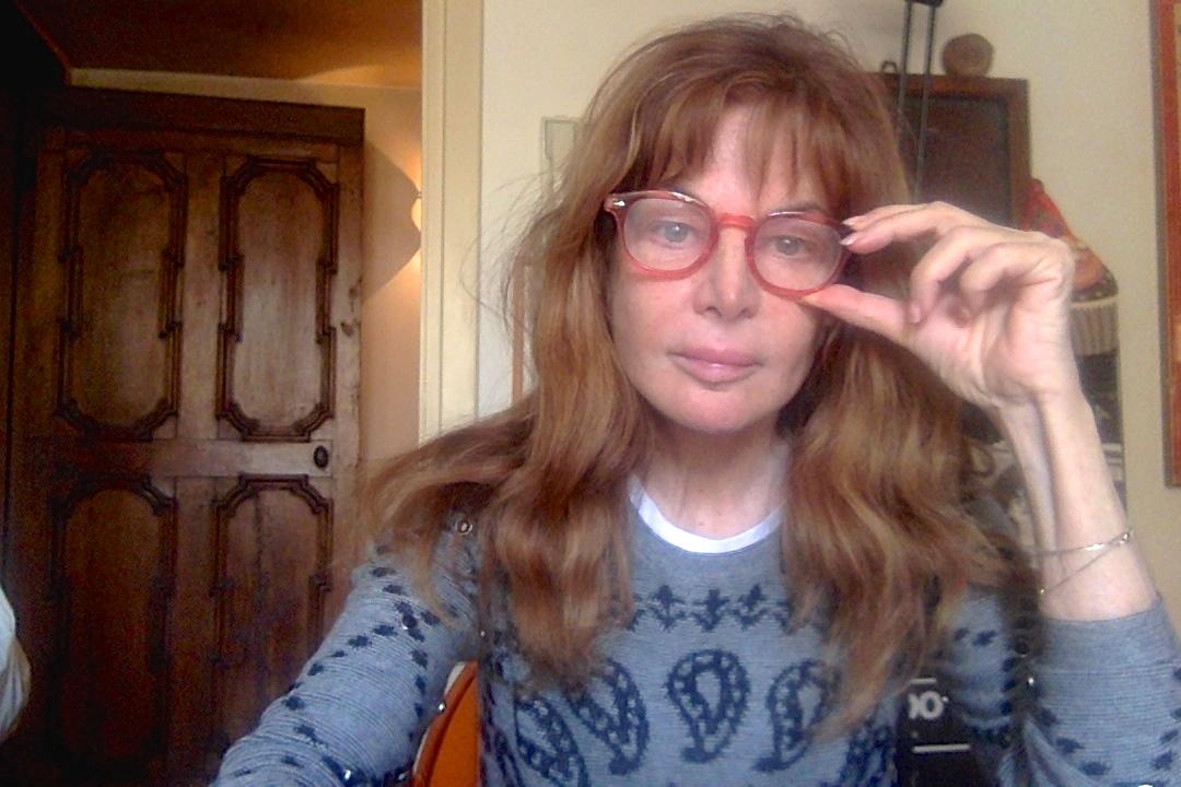 """Giuliana De Sio: """"Buongiorno da questo straccio di donna"""""""