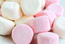 Marshmallow fatti in casa: dolci nuvole di cotone