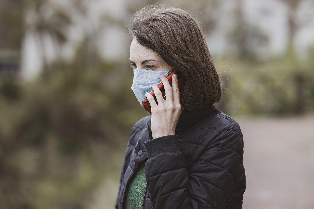 Coronavirus: in Campania scatta l'obbligo delle mascherine