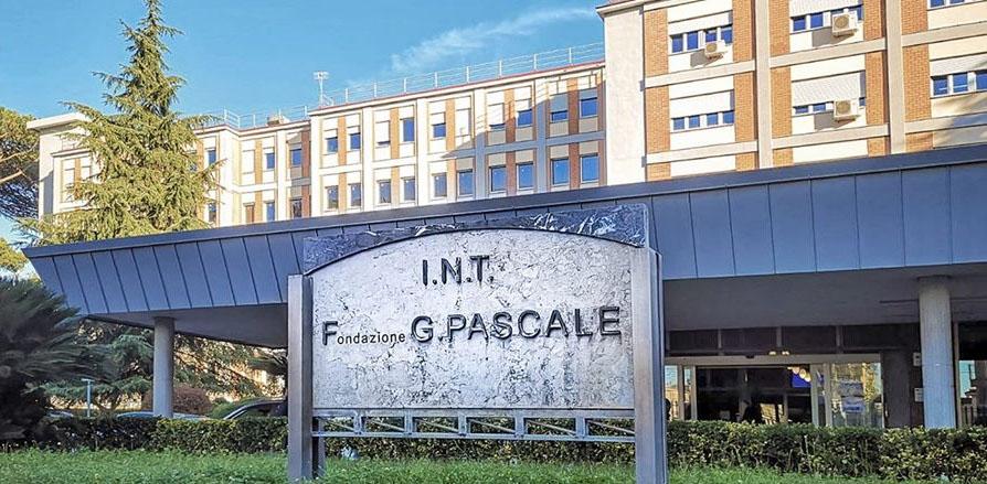 "Ospedale Pascale: ""Restate a casa assolutamente"""