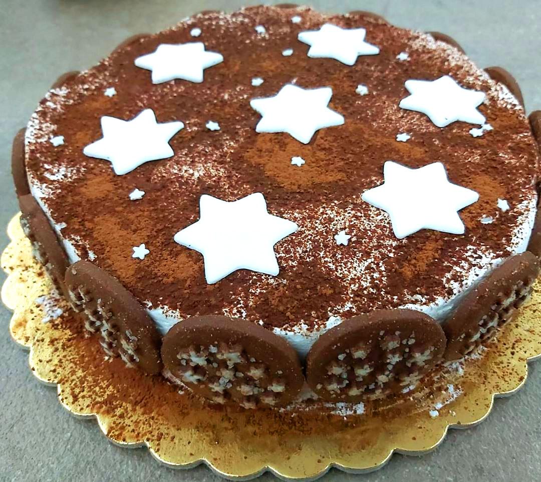 Torta Pan di Stelle: la ricetta facile, veloce e senza cottura