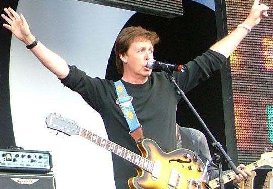 Paul McCartney a Napoli: annullato il concerto dell'ex Beatles