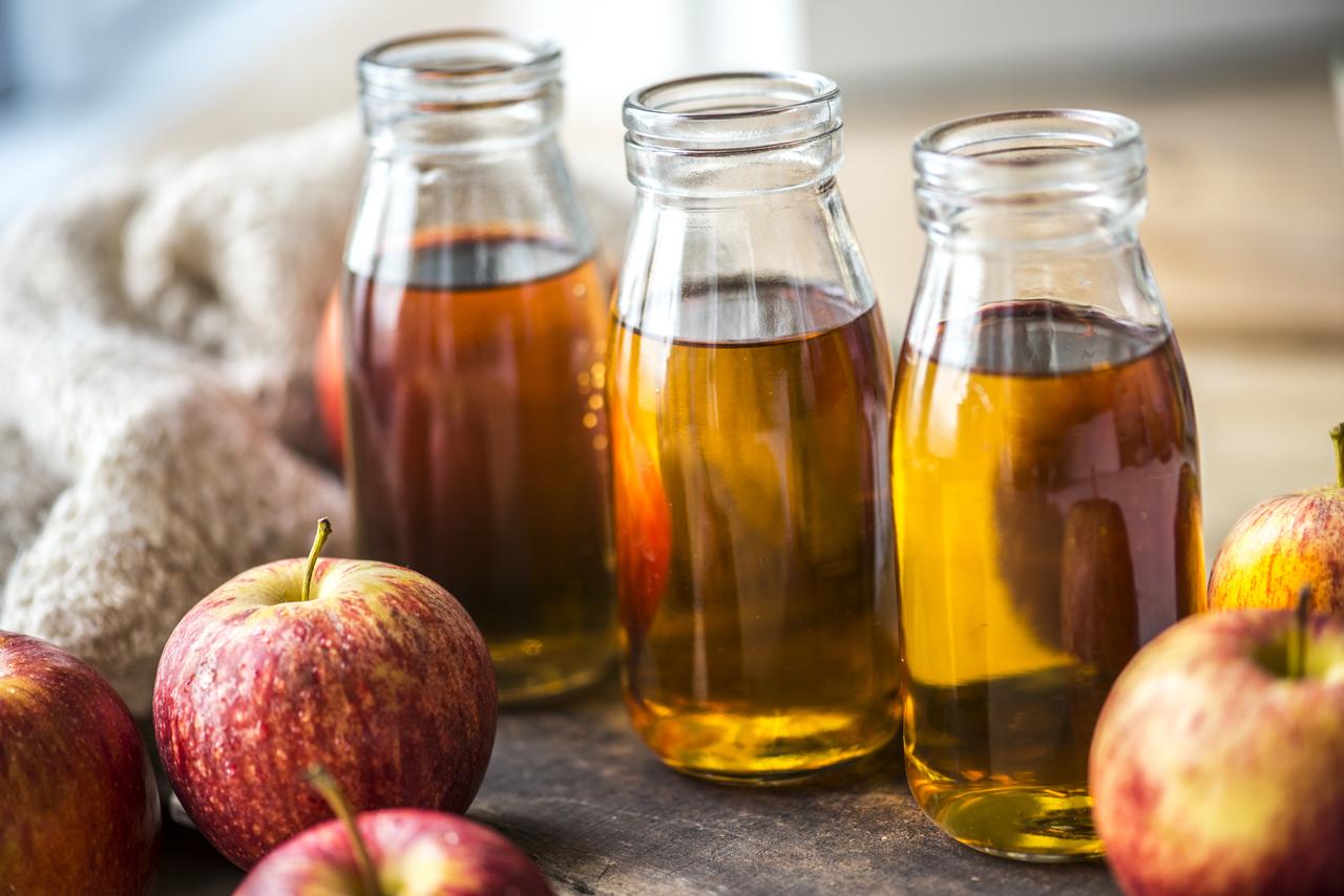 Aceto di mele: un alleato per la cura del corpo e igiene per la casa