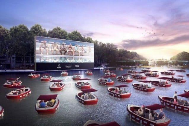 A Parigi il romantico cinema galleggiante sull'acqua