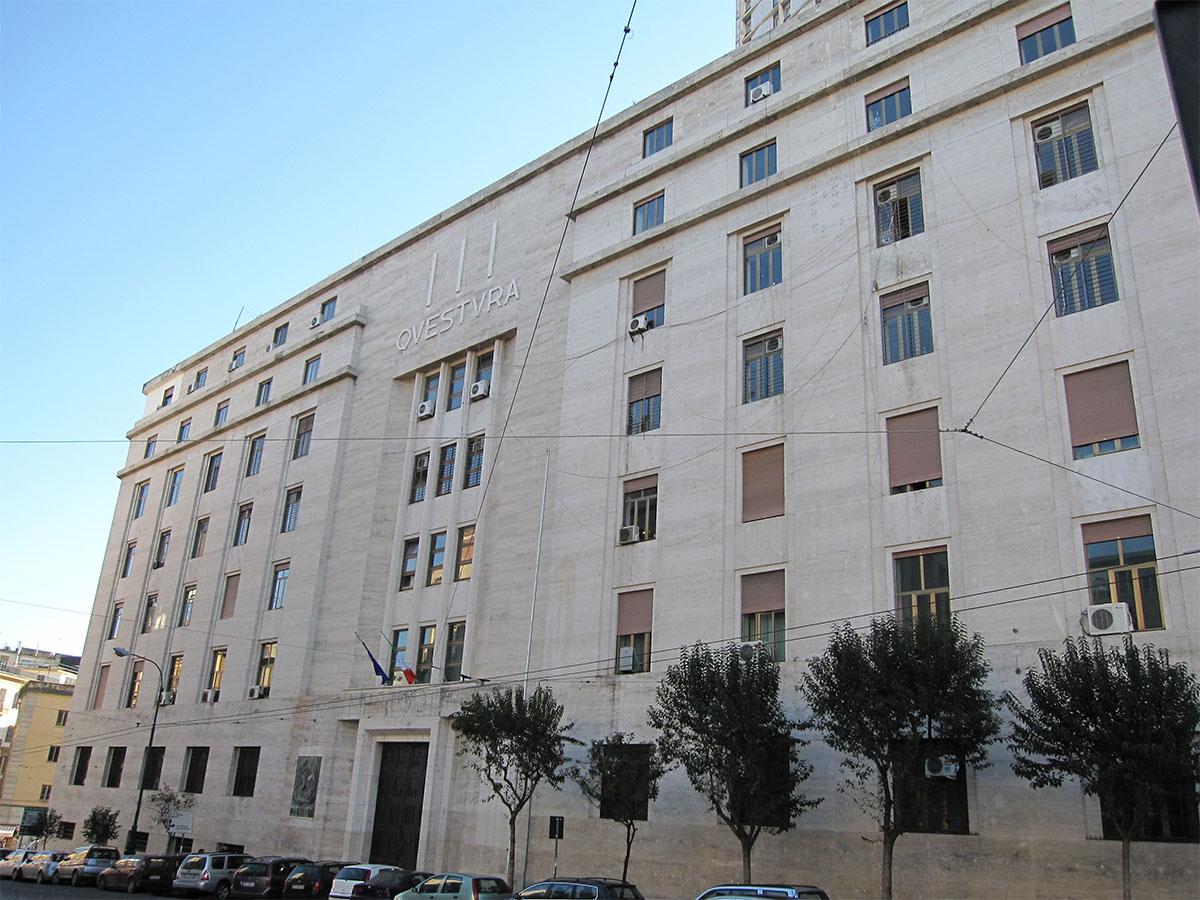 Napoli, 3 arresti e un fermo di un minorenne: tentato omicidio