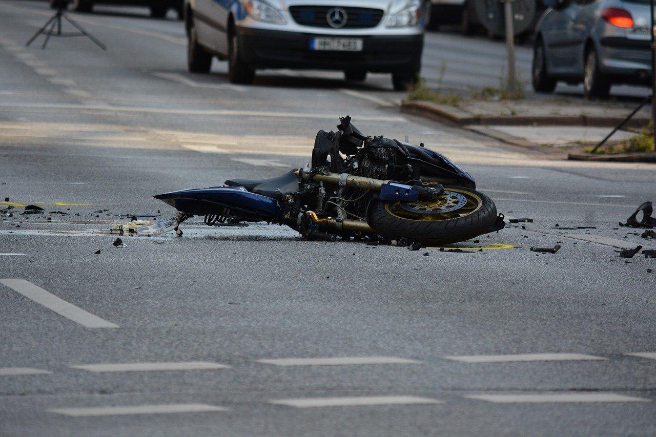 Monterusciello, tragico incidente stradale: una vittima 49enne