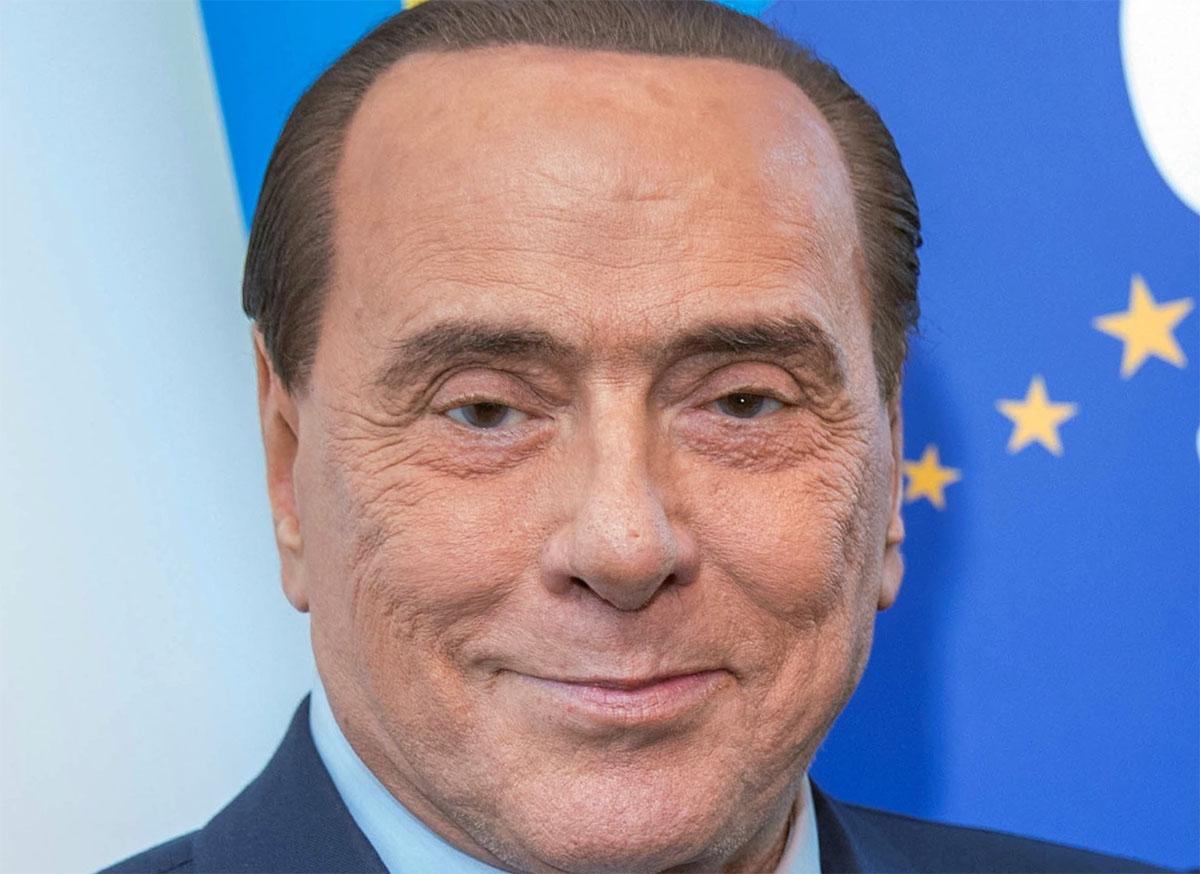 Silvio Berlusconi positivo al Covid: un caso asintomatico