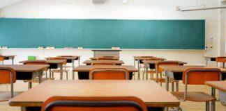 Napoli, allerta meteo: chiuse non solo le scuole
