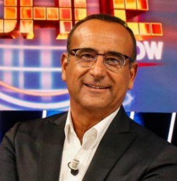 """Carlo Conti positivo al covid19: presenterà in """"smart working"""""""