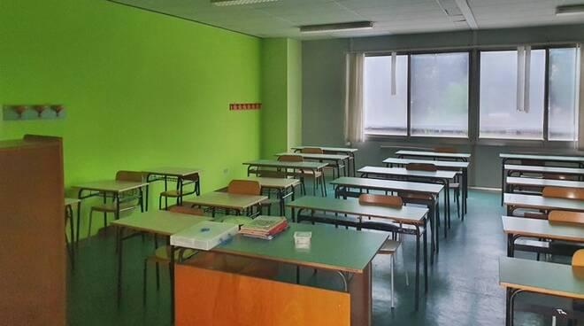 Coronavirus in Campania: diversi casi positivi a scuola