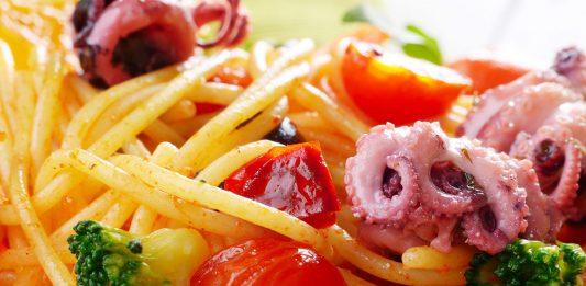 Spaghetti al sugo di polpo: una ricetta intramontabile