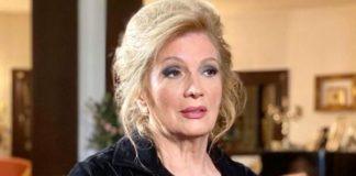 """Iva Zanicchi resta in ospedale: """"Ho ancora la polmonite"""""""