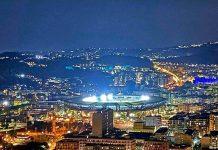 Maradona, lo stadio San Paolo si illumina per il pibe de oro