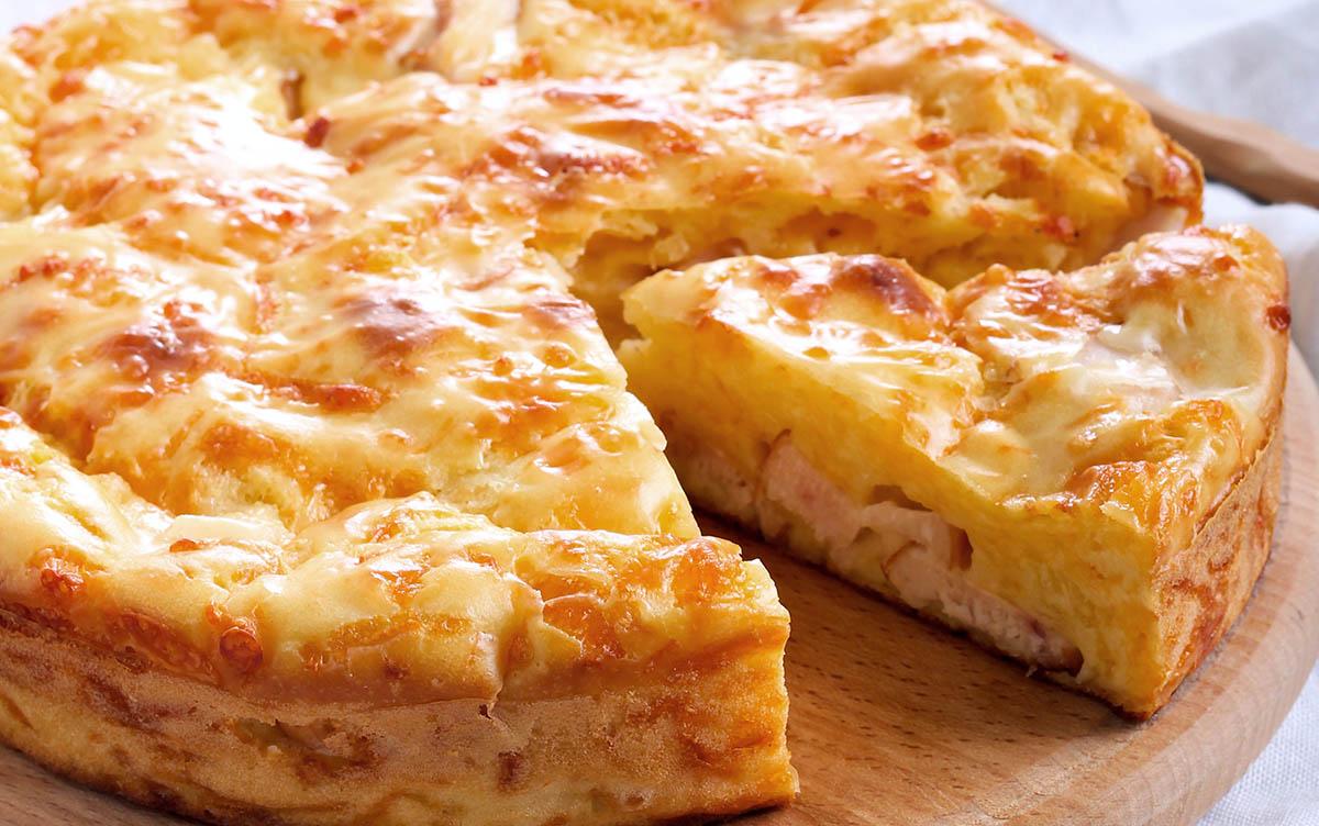 Rustico patate, provola e salsiccia: ricetta veloce e comoda