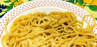 Spaghetti aglio olio e alici: ricetta cugina partenopea