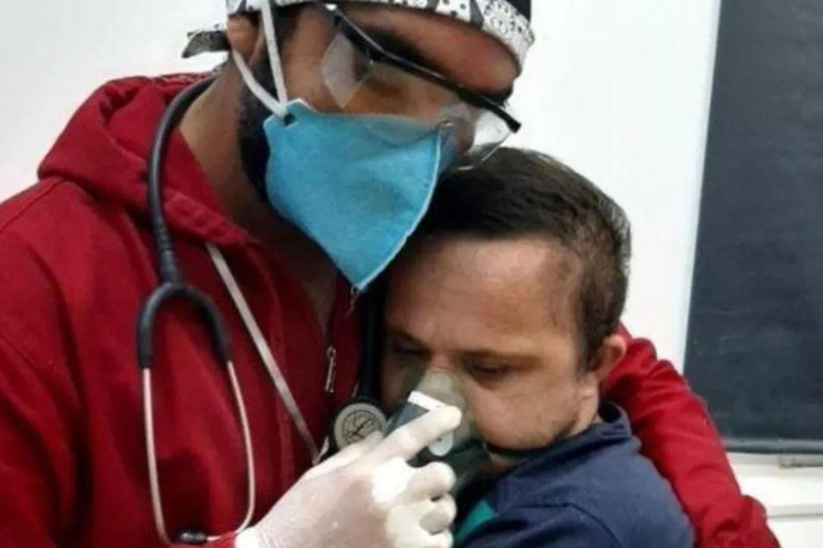 Covid19, infermiere rischia la vita per un suo paziente