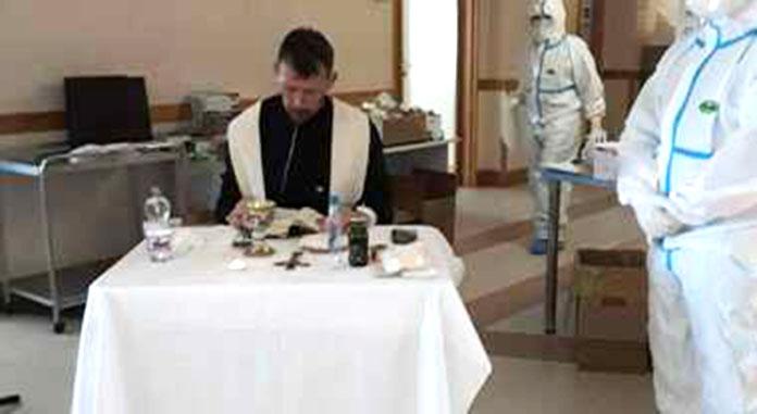 Sacerdote chiede di celebrare messa nel reparto Covid