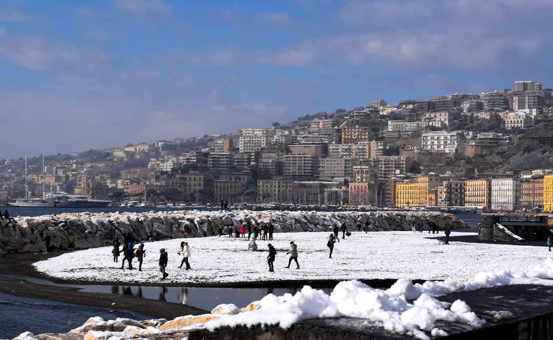 Meteo Napoli, arriva Burian: neve e temperature sotto lo zero