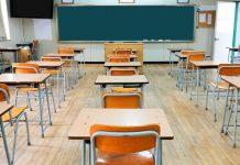 Castellammare, aumento contagi: scuole chiuse e nuovi stop