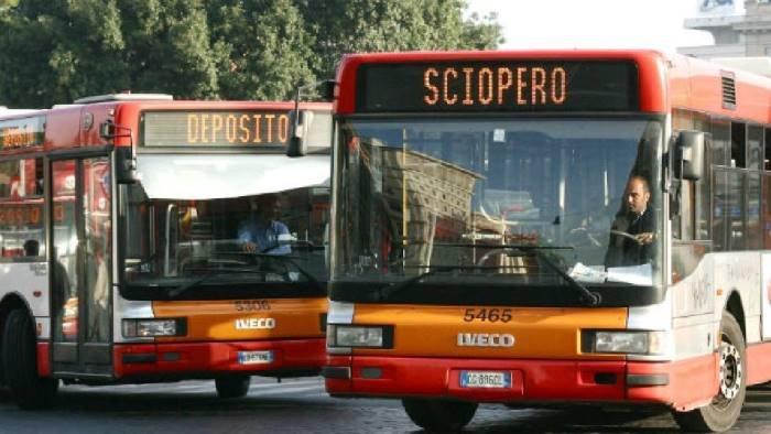 Sciopero trasporti pubblici a Napoli, oggi 8 marzo 2021