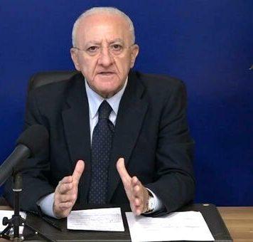 Covid, scuole chiuse: il TAR dà ragione a De Luca