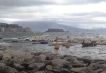 Napoli, allerta meteo: fenomeni temporaleschi in rapida evoluzione