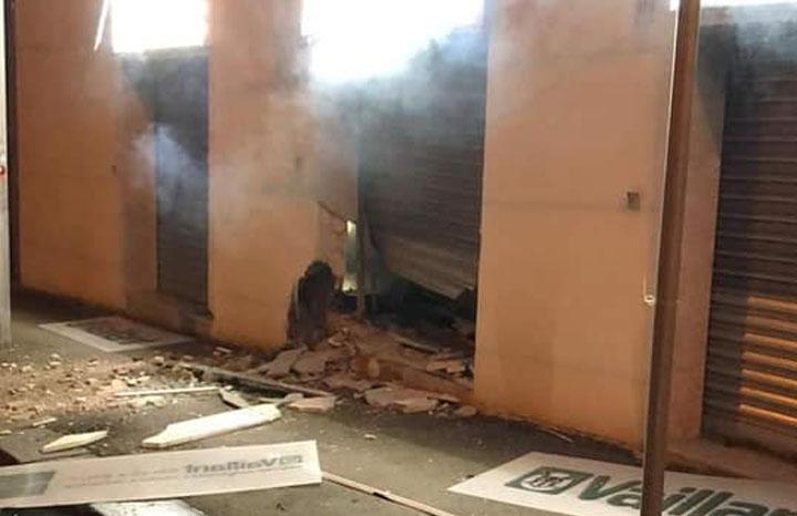 Colli Aminei, esplosione distrugge negozio di caldaie