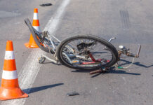 Eboli, incidente stradale: travolto ciclista 54enne