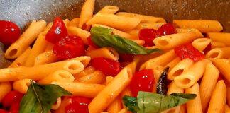 Pasta con pomodorini freschi: semplicemente golosa